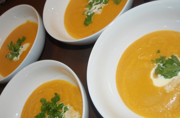 Roasted Butternut Squash Apple Soup