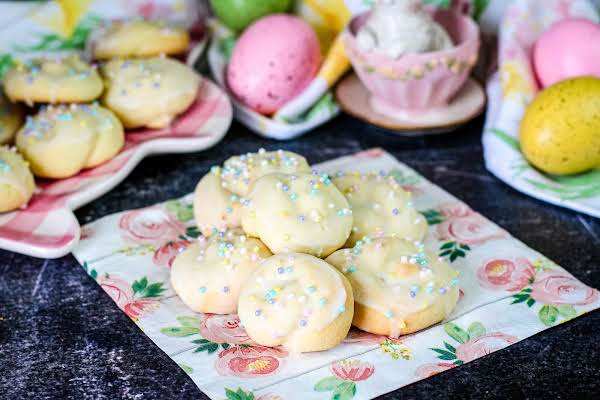 Easter Knot Cookies On A Napkin.