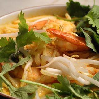 Classic Shrimp Laksa with Rice Noodles.