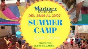 Cartel del Campamento de Verano de Mortimer English Club Almería