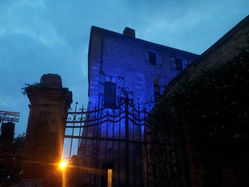 Un cancello perso nel profondo blu di MarinaRissone