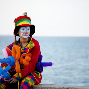 by Radu Moldovan - People Musicians & Entertainers ( clown, sea )