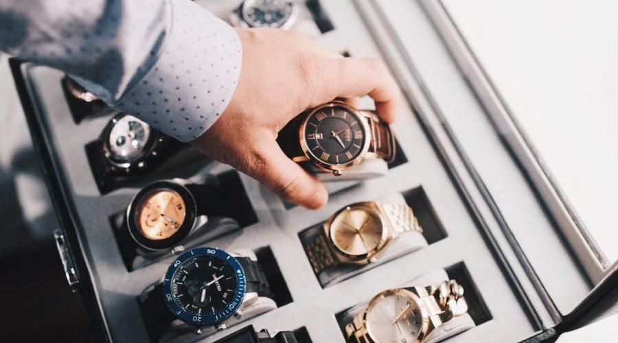 klasisks pulkstenis