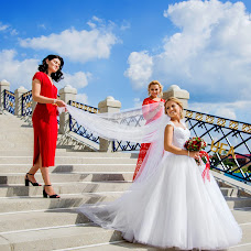 Wedding photographer Karina Kirpichnikova (Fotokirpichik). Photo of 23.08.2018