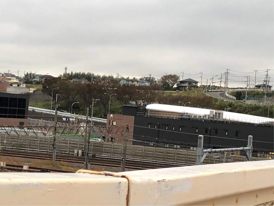 羽沢横浜国大駅鉄橋からの写真