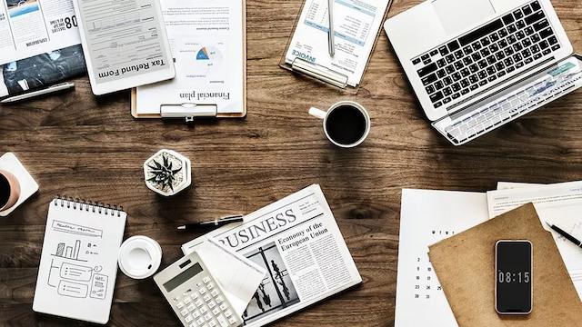 Các bạn có thể tham khảo giá dịch vụ marketing online từ nhân viên tư vấn