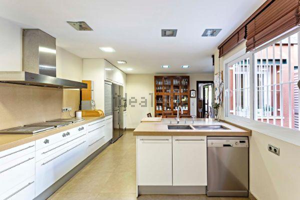 Más cocina. Foto de Idealista.