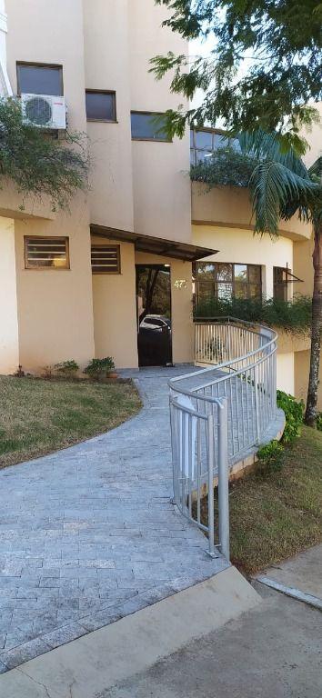Sobrado para alugar, 390 m² por R$ 6.500,00/mês - Quebec - Londrina/PR