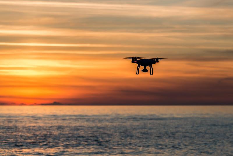 Drone al tramonto di lurick