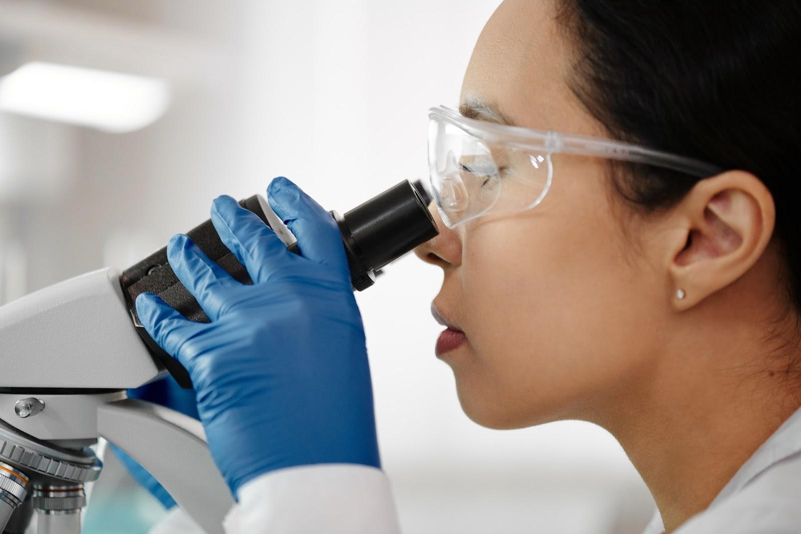 Pesquisas iniciadas em 1990 chegaram aos resultados esperados em 2019, durante o desenvolvimento da vacina para Covid-19  (Fonte: Edward Jenner/Pexels)