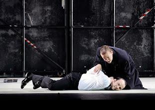 Photo: Theater an der Wien: La mère coupable Oper in drei Akten von Darius Milhaud . Premiere am 8.5.2015 Stephane Loges, Andrew Owens. Copyright: Barbara Zeininger