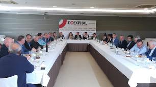 Reunión de la consejera de Agricultura con la cúpula de Coexphal