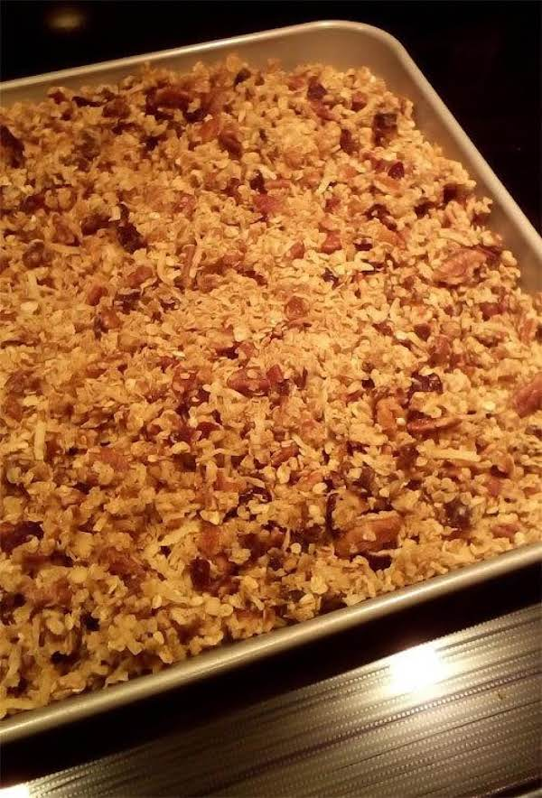 Crunchy Maple Fruit & Nut Granola