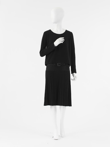 7605ad3dd79 Coco Chanel  Modernism — Google Arts   Culture