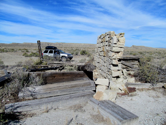 Old structure near Victor