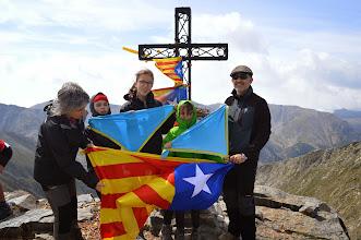 Photo: La família Altadill-Colomer a la Pica del Canigó (2.784m). La Carme, l'Aina (R/G), la Gemma (R/G), la Síra (C/F) i el Joan