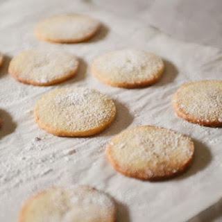 Danish Vanilla Cookies (Vaniljesmåkager).