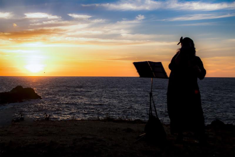Cantando al tramonto di utente cancellato