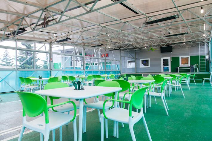 Фото №3 зала Летняя веранда «Взлетная полоса»