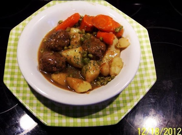 Crockpot Meatball Stew- (an Old Taste Treat) Recipe