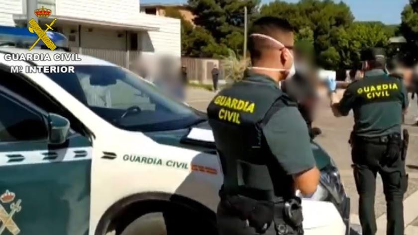 Control de la Guardia Civil en Balerma.
