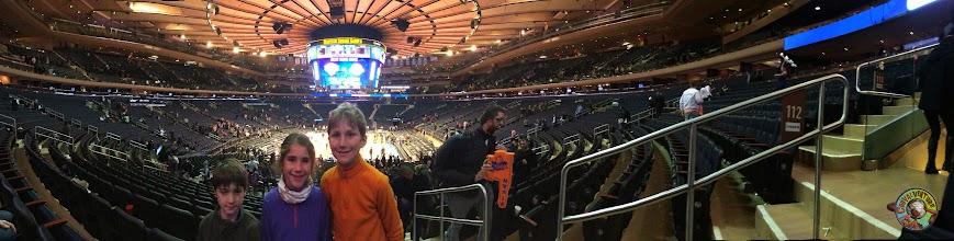 Photo: Madison Square Garden - match basket