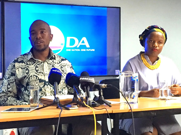 DA leader Mmusi Maimane and head of communications Phumzile van Damme at the news conference announcing the federal executive decision on Cape Town mayor Patricia de Lille.