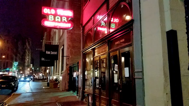 Old Town Bar on 18th Street