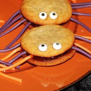 Yo-Yo Cookies Reshaped for Halloween