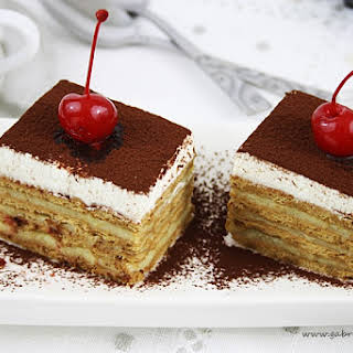 Biscuits Cake.