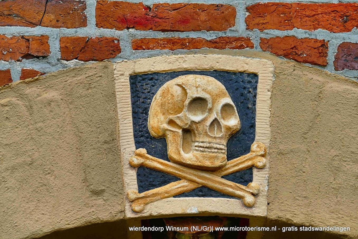 Aangeboden door: Stichting Microtoerisme InZicht Fotoblog Winsum toren kerk nederlands hervormd doodshoofd