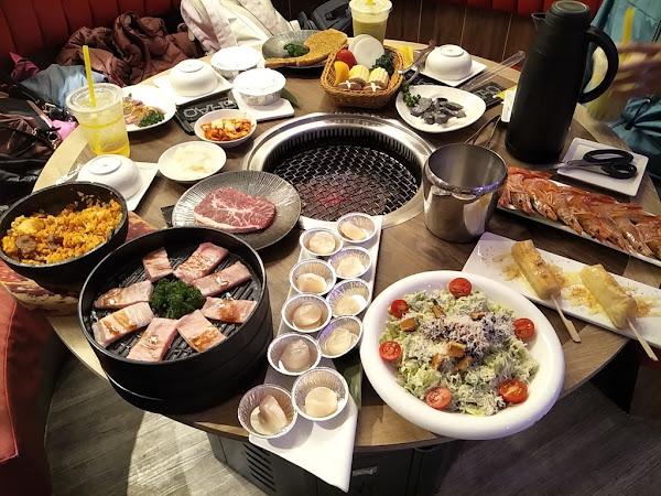 新竹好吃燒烤吃到飽推薦:燒BAR燒肉︱天使紅蝦︱巨型干貝︱戰斧豬排︱帶殼生蠔