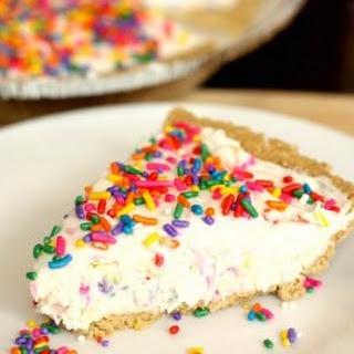5-Ingredient Cake Batter Cheesecake Recipe