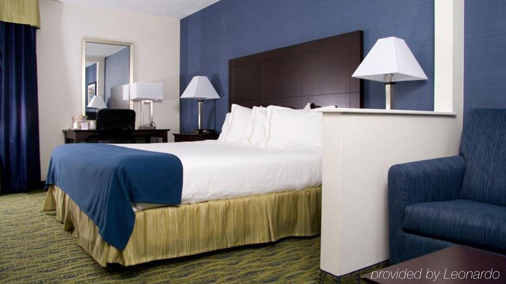 Holiday Inn Express And Suites York