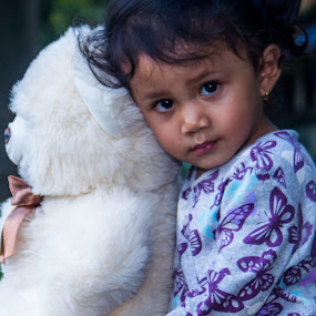 play with by Yosep Atmaja - Babies & Children Child Portraits ( playing, girl, doll, daughter )