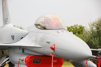 Photo: F-16