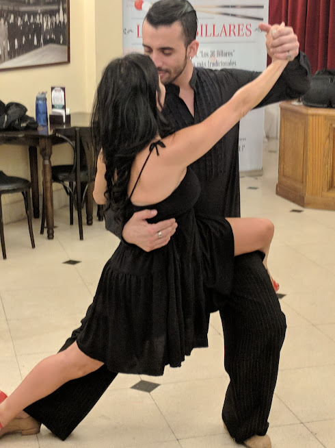 Our instructors demonstrate the tango