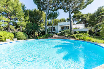 Villa 9 pièces 319,5 m2