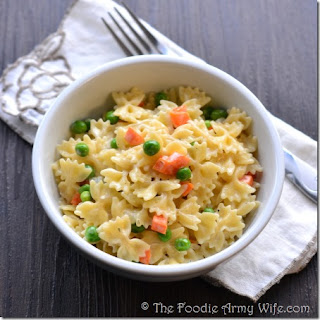 Creamy Farfalle with Peas & Carrots | #WeekdaySupper