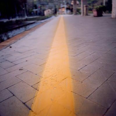 Yellowing down di Fabio Leone