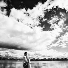 Wedding photographer Maksim Yanovskiy (MaxY). Photo of 22.06.2015