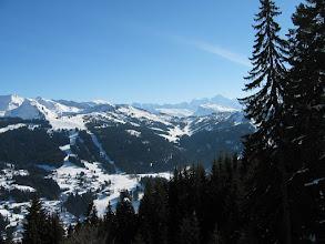 """Photo: Les Gets versant """"les Chavannes""""et chaine du Mt-Blanc"""