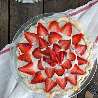 Strawberry Yummy Pie