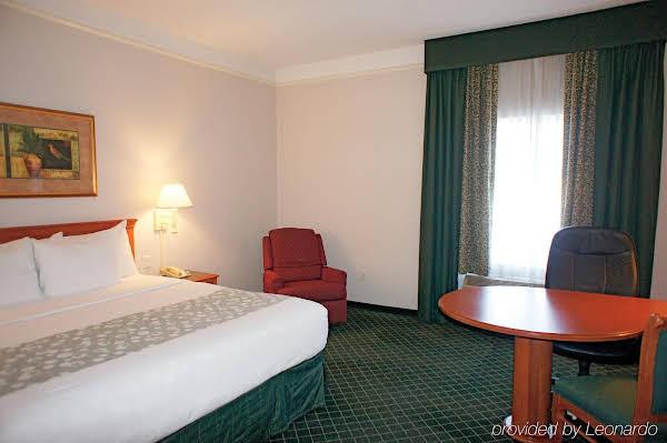 La Quinta Inn & Suites Ontario Airport