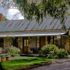 Australian Farmhouse by Ruth Tomlinson - Buildings & Architecture Homes (  )