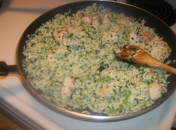 Chicken And Green Rice Recipe