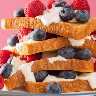 French Toast with Crème Fraîche and Berries