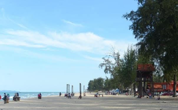 Pantai Batu Buruk, Kuala Teregganu