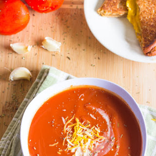 Slow Cooker Tomato Basil Soup Recipe