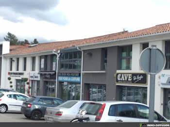 locaux professionels à Le Tholonet (13)